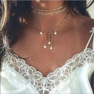 🎉5 for $25🎉  Gold Star Chocker Necklace
